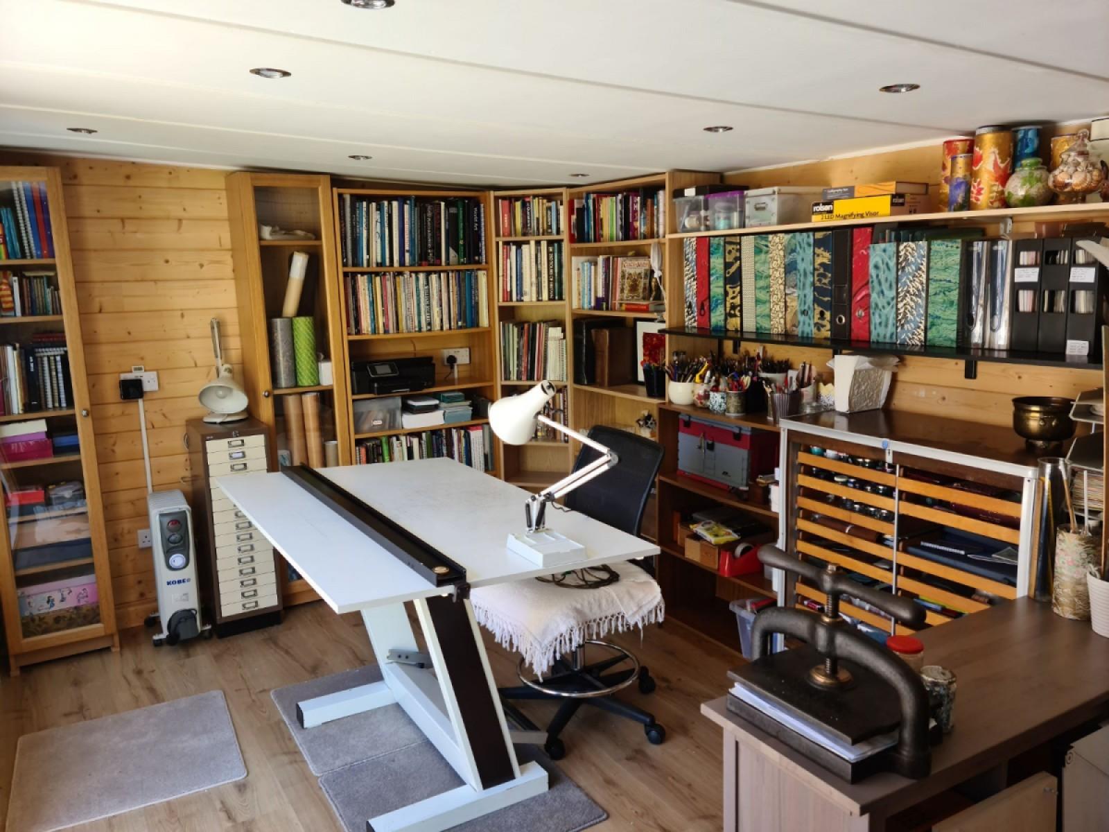 1624629887_Lillevilla 345 Cabin Internal.jpg