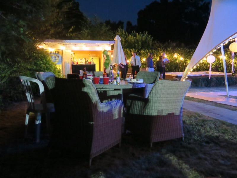 Party hub